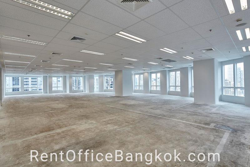 Athenee-Tower---Rent-Office-Bangkok-1
