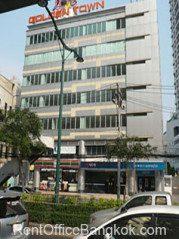 Golden-Town-Office