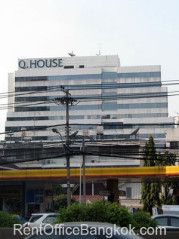 Q-House-Convent