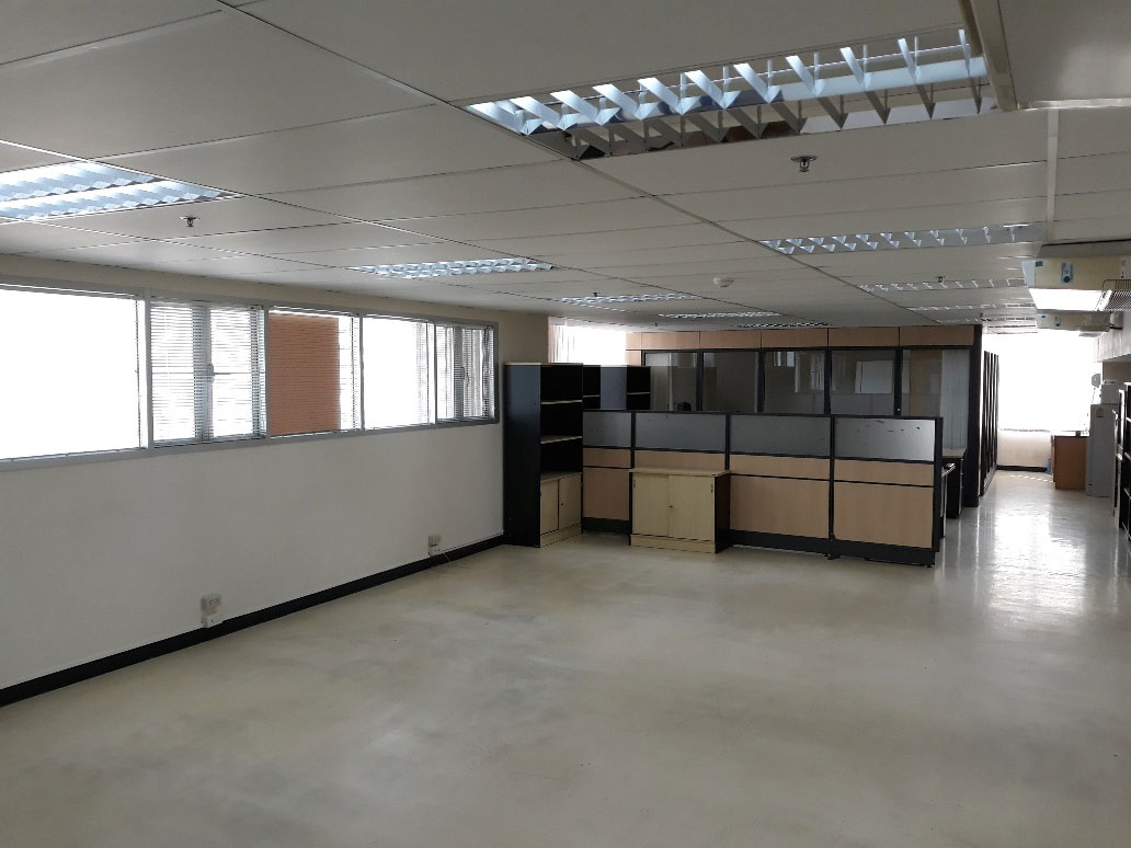 Trendy-office-Sukhumvit-13-141sqm-0119-10